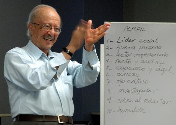 Las 10 características del buen periodista, por Javier Darío Restrepo / Fundación El Universo
