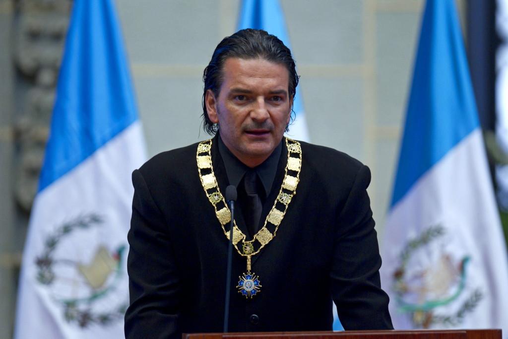 ¿Es cierto que Ricardo Arjona aspira a la Presidencia de Guatemala?... ¡Descúbrelo respondiendo nuestro quiz semanal!