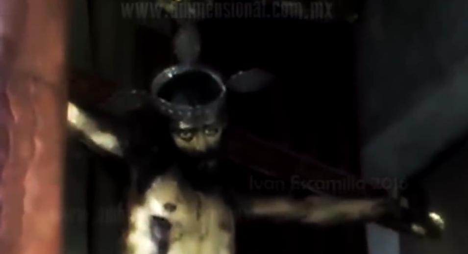 ¿Es real el video que muestra estatua de Cristo abriendo los ojos?... ¡Responde el quiz semanal!